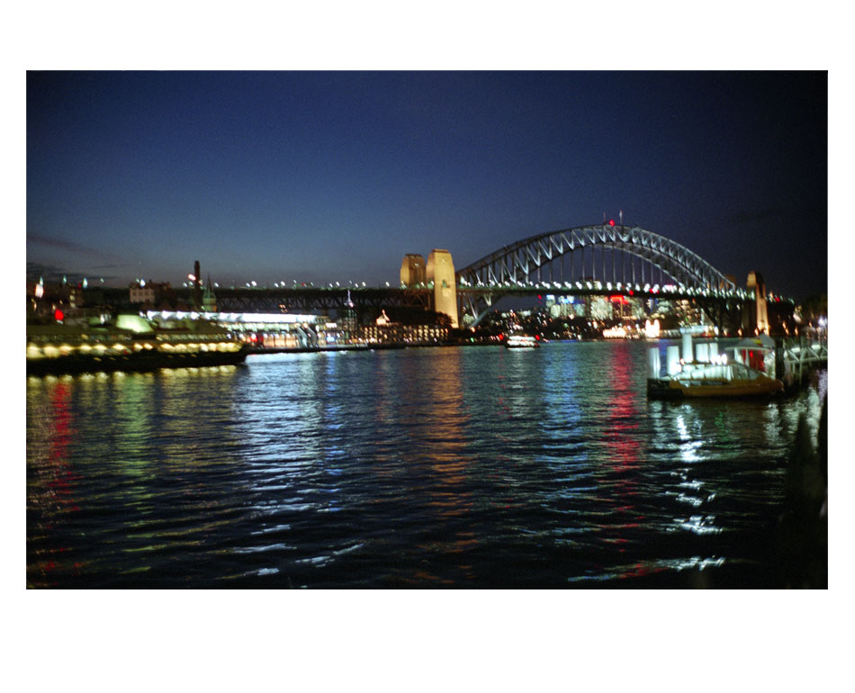 /fr/artwork/photography/698/sydney-by-night